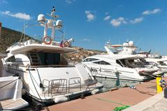 White luxury yachts Stock Photos
