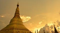 Shwedagon paya sunset Stock Footage