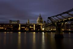 St. Paul's Cathedral by night Stock Photos