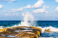 Aallot merellä Kuvituskuvat