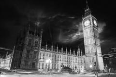 Big ben and house of parliament at dusk from westminster bridge - london Stock Photos