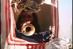 San Francisco, 1970: n, Human Jukebox, trumpetinsoitonopettajana, kasvot jukebok Arkistovideo