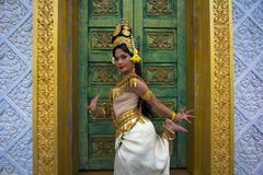 Apsara dancer performance in temple Stock Photos