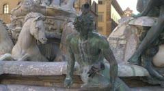 Fountain in Florence, Italia.Neptun.Pigeon Stock Footage