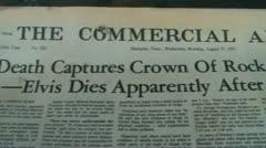 Elvis on kuollut Sanomalehti Arkistovideo