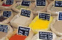 vendita spezie e aromi - stock photo