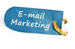 E-mail markkinointi sana etiketissä Piirros