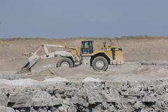 Caterpiller 988G in gravel pit - stock photo