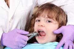 Child at the dentist.JPG Stock Photos