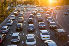 Ilmakuva autojen liikennettä Kuvituskuvat