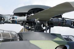 Roottori pään 4-siipinen, suuri sotilaallinen helikopteri Kuvituskuvat