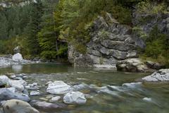 Vuori joki, ordesa Kuvituskuvat