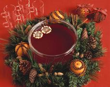Bowl of mulled wine in Advent wreath Stock Photos