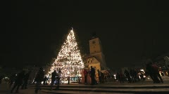 Brasov city Christmas tree in the Council Square admired by a lot of people Stock Footage