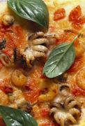Pizza ai frutti di mare (seafood pizza, Italy) Stock Photos
