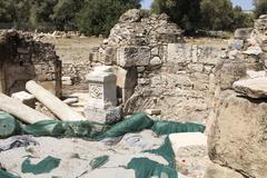 Excavations at mitropoli in crete near phaistos Stock Photos