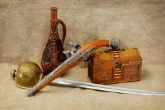 Pullo, tarttuja, miekka, pistooli-ja rinnassa Kuvituskuvat