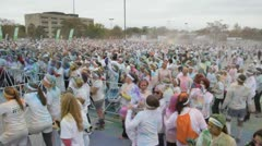 HD Stock Footage 720p- Runners at color run - Thousand celebrate, Stock Footage