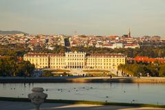 Schonbrunn palace in vienna at sunset Stock Photos