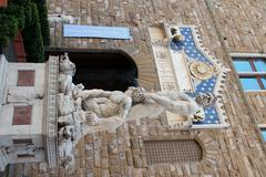Palazzo vechio entrance and bandinelli's hercules and cacus Stock Photos