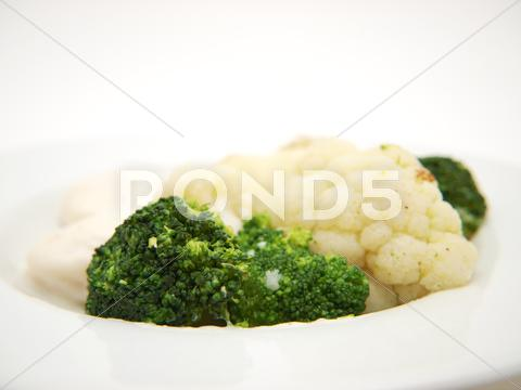 Stock photo of broccoli and cauliflower