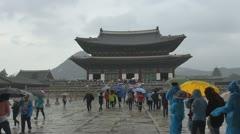 Tourits visit Geunjeongjeon Hall, Gyeongbokgung Palace,Seoul, South Korea Stock Footage