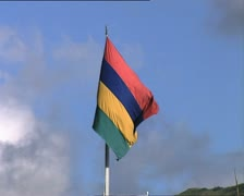 MAURITIUS flag and government house MS zoom out Stock Footage