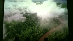 Väkijoukkoja nauttia luonnon dokumentti (2 6) Arkistovideo