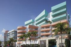 Art deco condominium Miami Stock Photos