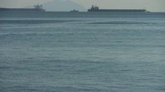 Veden väreilyä surface.Tanker aluksen sea.skyline. Arkistovideo