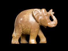 Vuolukivi norsu sivuttain Kuvituskuvat