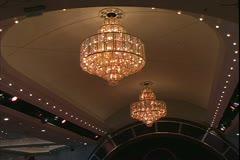 Queen Mary 2 ocean liner, chandeliers in the Queen's Room Stock Footage