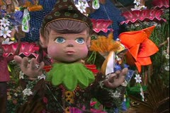 Carnival in Rio, Carnaval, Samba Parades, elaborate float, cartoon characters Stock Footage