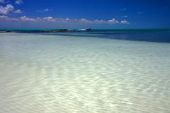 Meksikon laguunin Isla Contoy ja moottorivene Kuvituskuvat