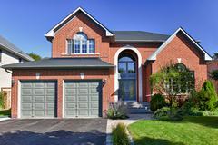 Detached suburban home Stock Photos