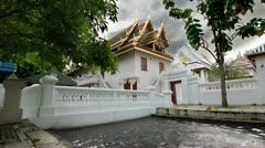 Wat Bowonniwet Vihara, Buddhist Temple in Bangkok Stock Footage