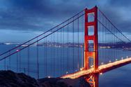 Night scene with famous golden gate bridge Stock Photos