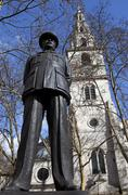 Bomber Harris statue and St Clement Danes Church Stock Photos