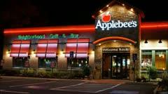 Applebees family restaurant loop Stock Footage