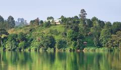 Waterside scenery near rwenzori mountains in africa Stock Photos