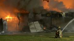 Building kääntyi raunioita Tulipalo Arkistovideo