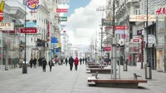 Main pedestrian street Kartner Strasse in Vienna Stock Footage