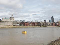 river thames in london - stock photo