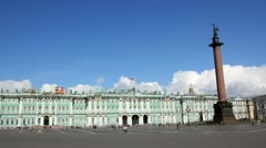 Hermitage and Palace Square in St. Petersburg - timelapse in motion Stock Footage