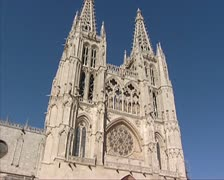 Burgos Cathedral tilt down western facade Stock Footage