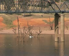 Lake Hume Australia, Hume weir, dam with bridge and fishing boat Stock Footage
