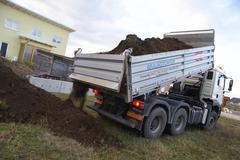 Kotisivulle maaperän truck kuorma-auto ground landscape Kuvituskuvat