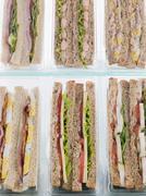 VALINTA Take Away voileipiä Plastic kolmiot Kuvituskuvat