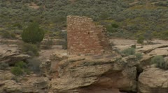 Zoom out shot of ruins at Hovenweep national Monument Stock Footage