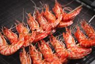 Grill fried prawns Stock Photos